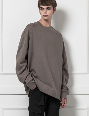 ESSENTIAL BASIC SWEATSHIRT [KHAKI BEIGE]