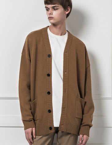 ESSENTIAL CARDIGAN [CAMEL]
