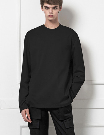 BASIC LONG SLEEVE T-SHIRTS [BLACK]