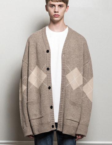 ARGYLE CHECK OVERFIT CARDIGAN [OATMEAL]