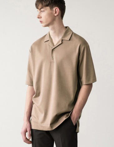OPEN COLLAR T-SHIRT [BEIGE]