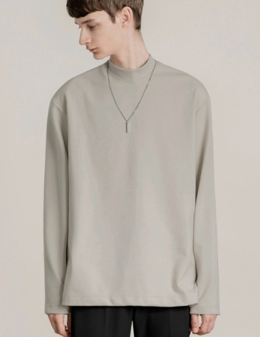 BREED MOCK-NECK LONG SLEEVE T-SHIRTS [DUSTY CREAM]