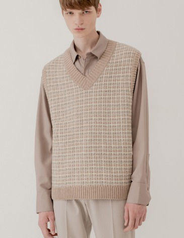 MIXED JACQUARD V-NECK KNIT VEST [OATBEIGE]