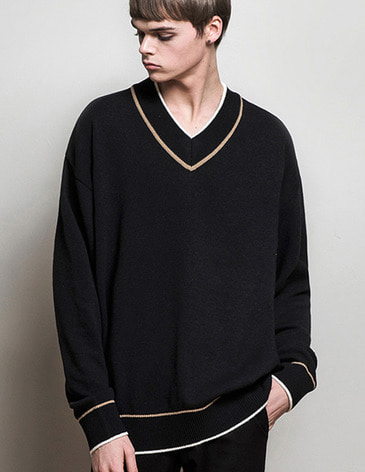 DOUBLE COLOR V-NECK KNIT [BLACK]