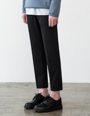 CONTEMPORARY SIDE BANDING SLACKS [BLACK]
