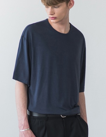 USUAL LOOSE FIT TENCEL T-SHIRT [NAVY]