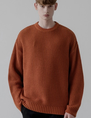 OVER-FIT TEXTURED ROUND KNIT [BRICK]