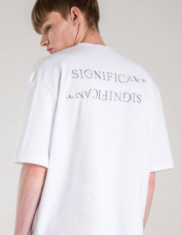 REVERSED LETTERING T-SHIRT [WHITE]