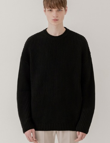 OVER-FIT TEXTURED ROUND KNIT [BLACK]