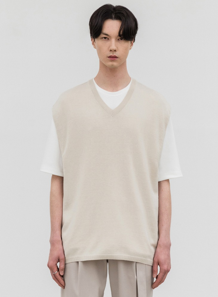 SOFTENING MINIMAL KNIT VEST [CREAM]